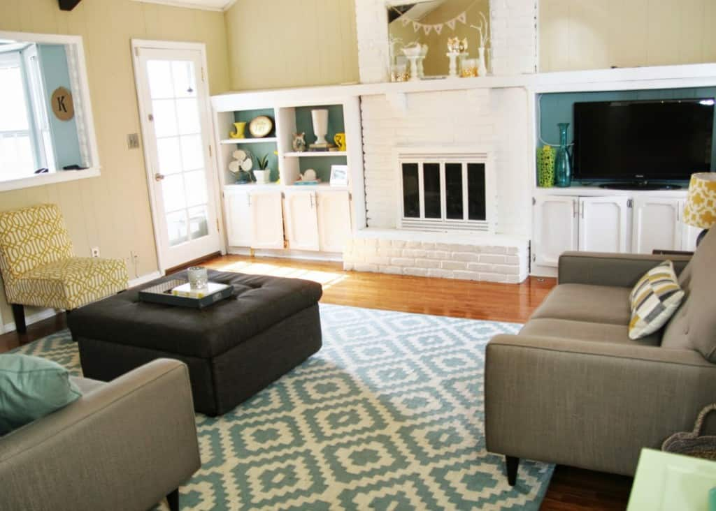 Drastic living room makeover homemade ginger - How can i decorate my small living room ...