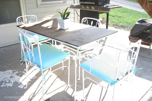 Vintage patio table makeover. Amazing transformation!