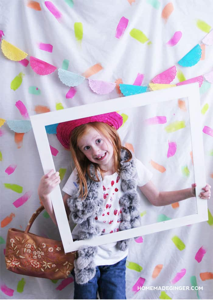 Create a confetti photo booth backdrop for parties! So easy!